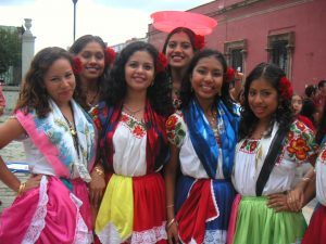 Mexican-Guelaguetza-Dancers-Mexico-Unit-Spanish-Lesson-Plans-World-Language-Cafe
